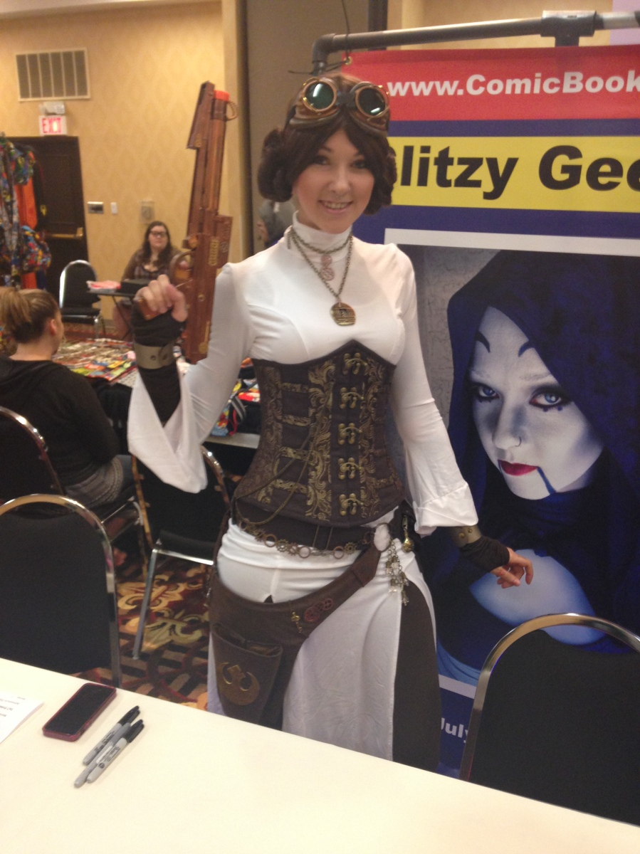 GlitzyGeekGirl as Steampunk Leia.