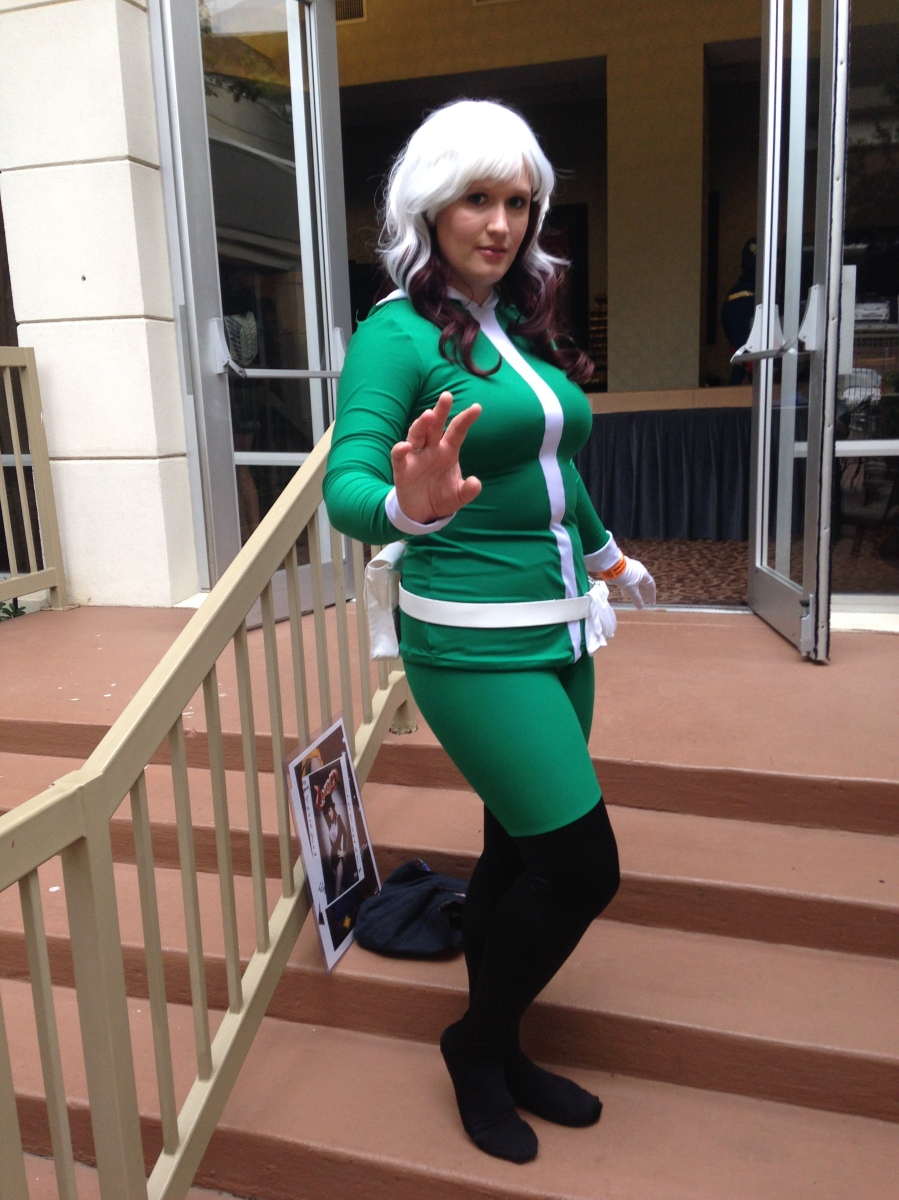 I went as Marvel Now Rogue. It was a ridiculously comfy costume. Thanks to Starman for the photo!